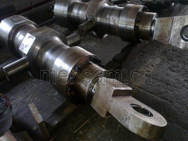 西峡龙成特材钢厂用双边剪液压油缸