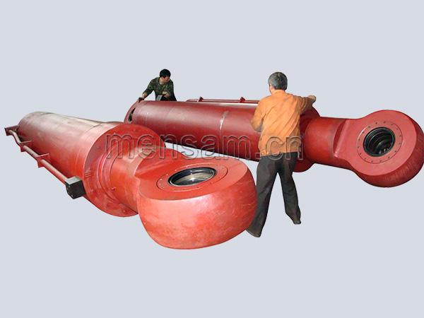 船舱盖液压缸